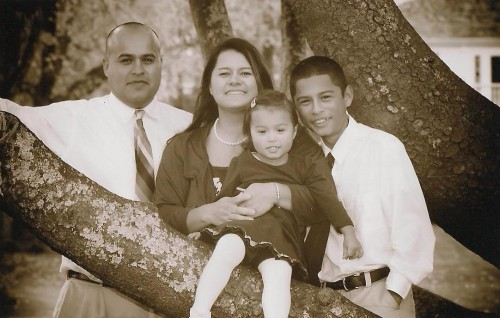 Rico Alaniz and family